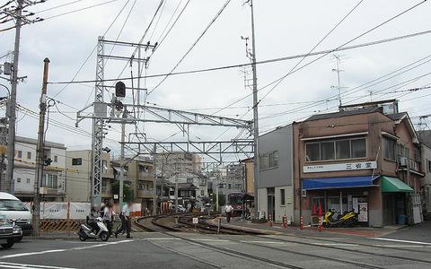 嵐電西院車庫車両入換20150916